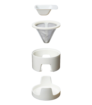 Einzelteile des Kinto Column Dripper